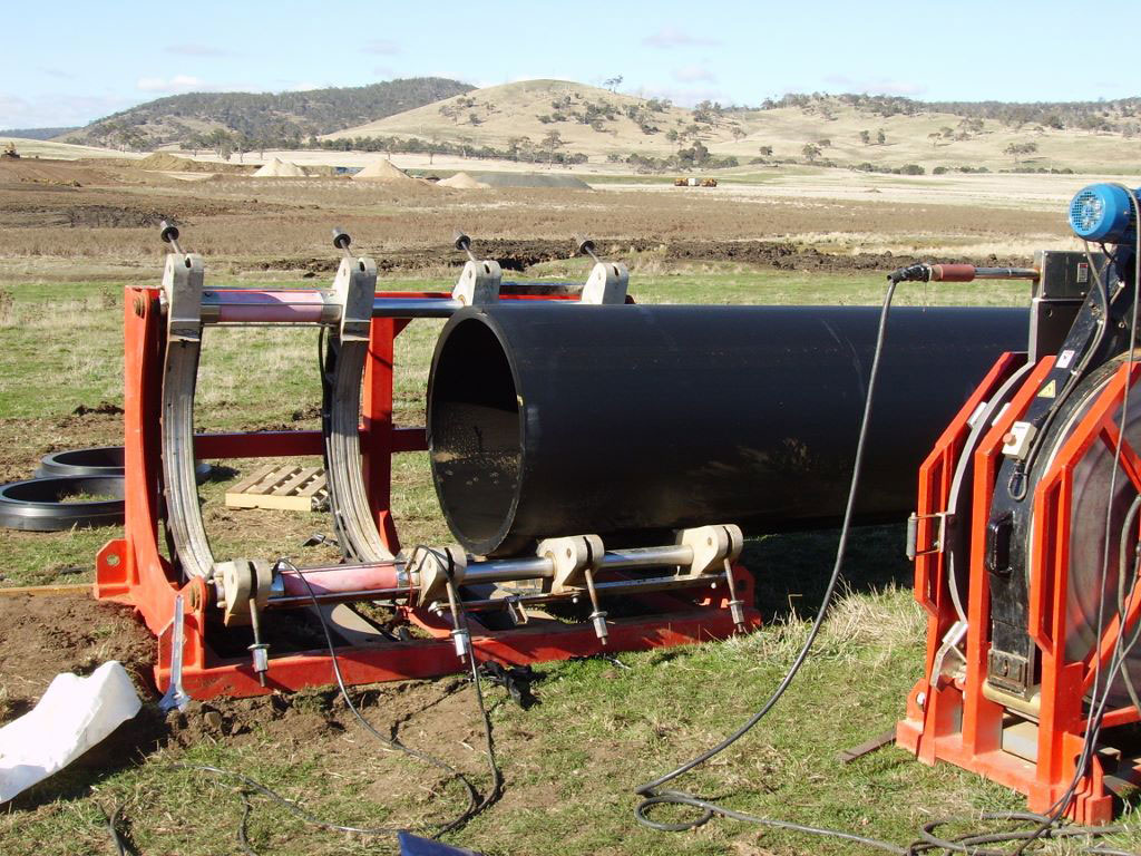 Custom pipeline installation - G&M Poly Irrigation