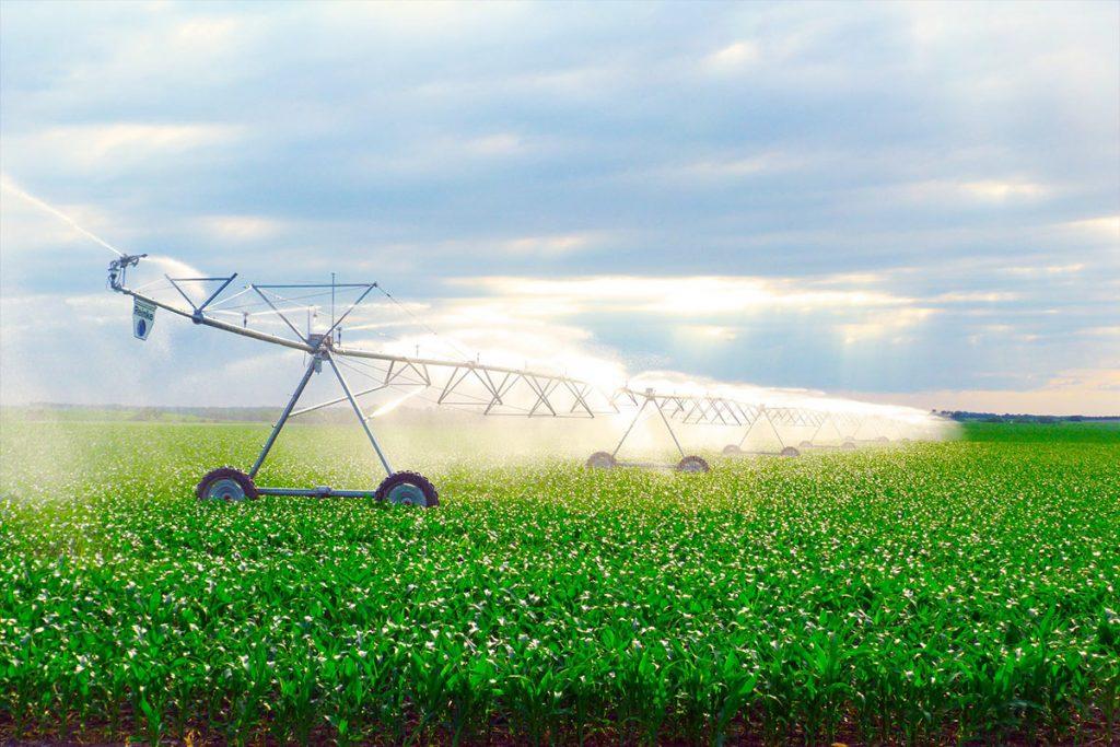 Reinke centre pivots - G&M Poly Irrigation